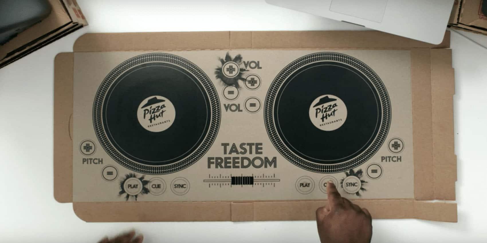 Mc Donald's et pizza Hut testent l'expérience-client imprimée