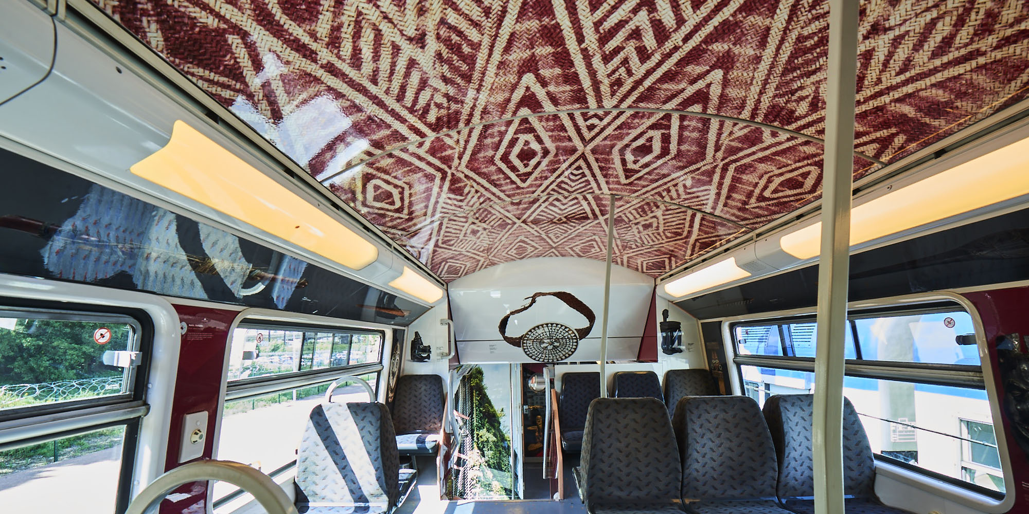 Train arts civilisations RER