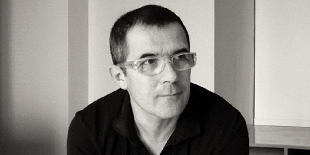 Sylvain Brossard, architecte d'intérieur, fondateur de l'Agence Treize (Bois-Colombes), spécialisée dans le design mural