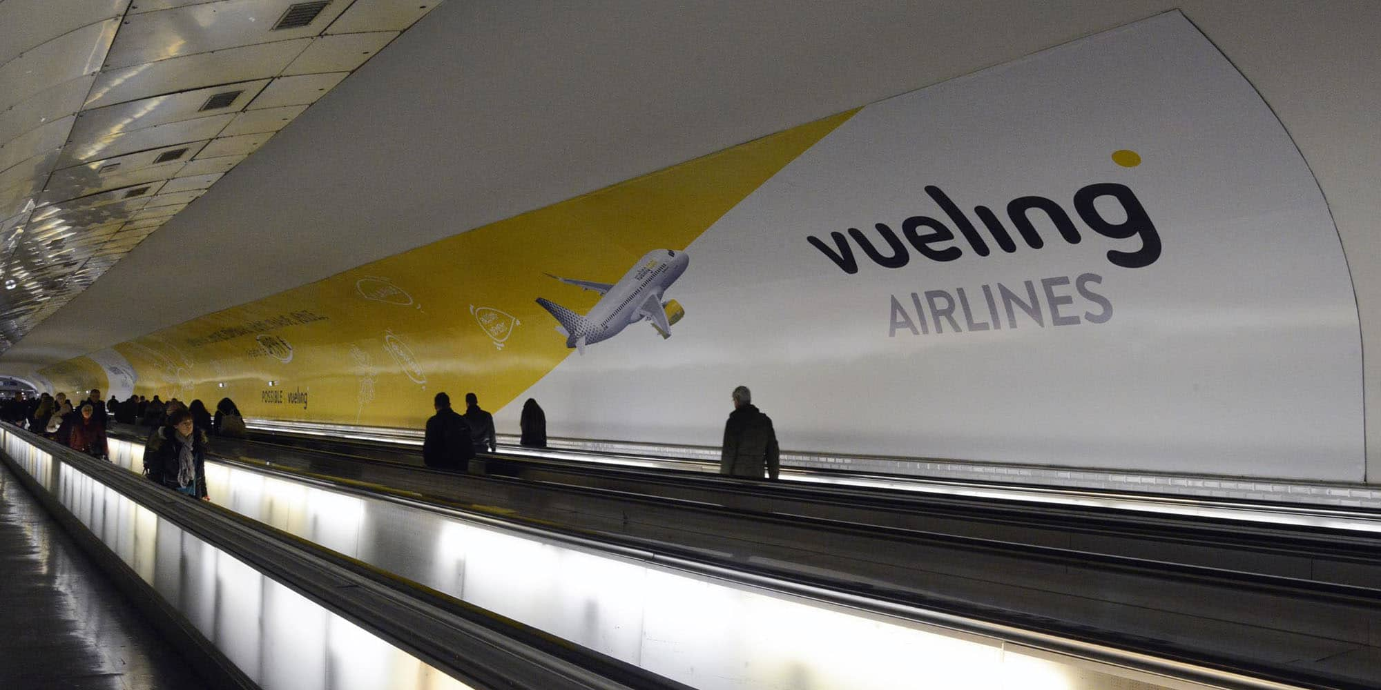 Vueling Montparnasse communication