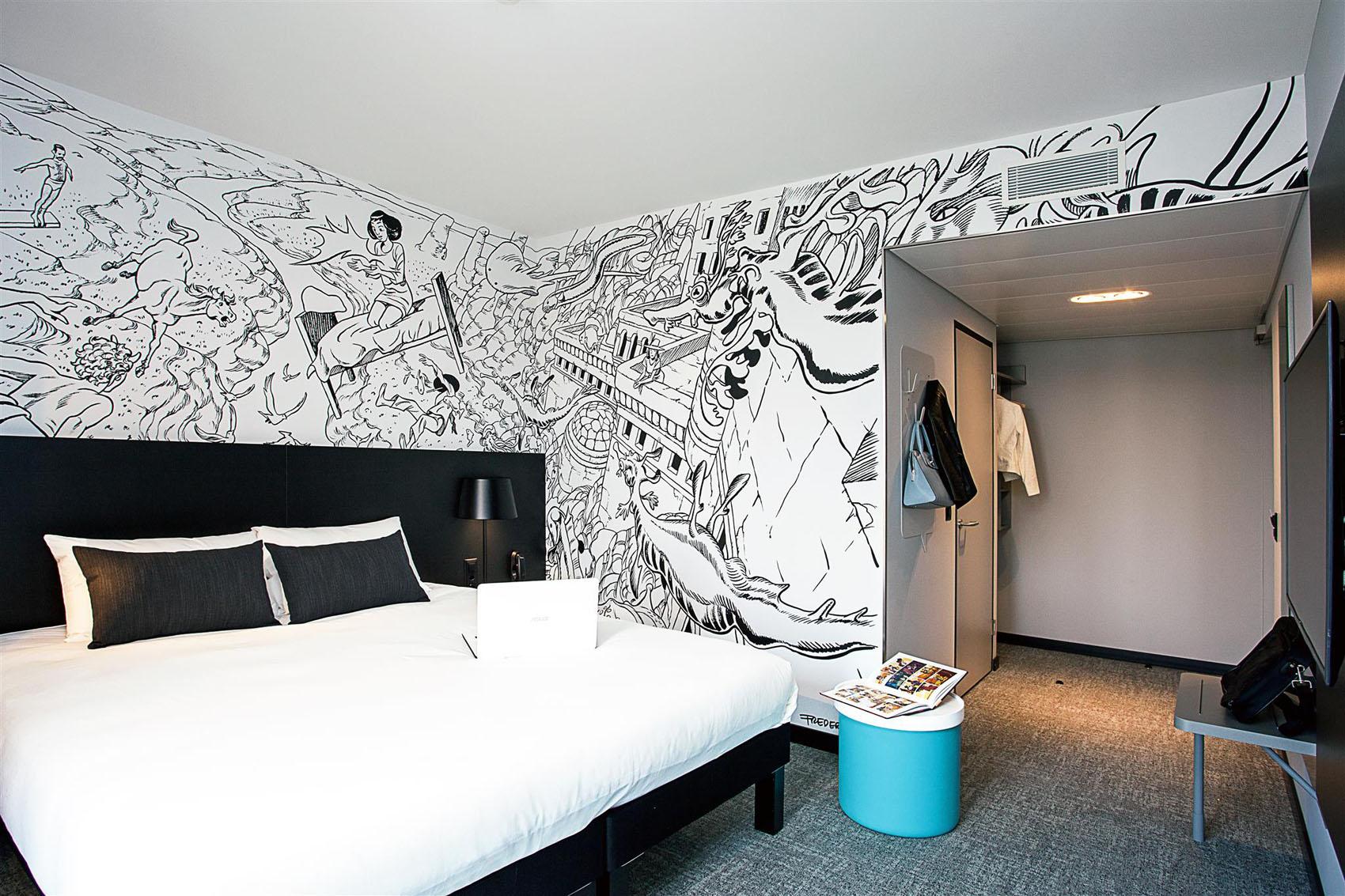Chambre décoration imprimée hôtel Ibis
