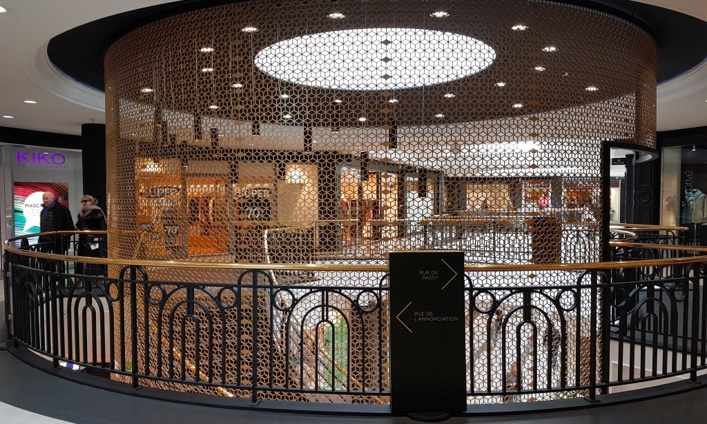 Galerie Passy Plaza par Lorenzoni Ens