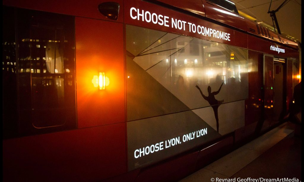 Le tramway lumineux lyonnais par WasLight