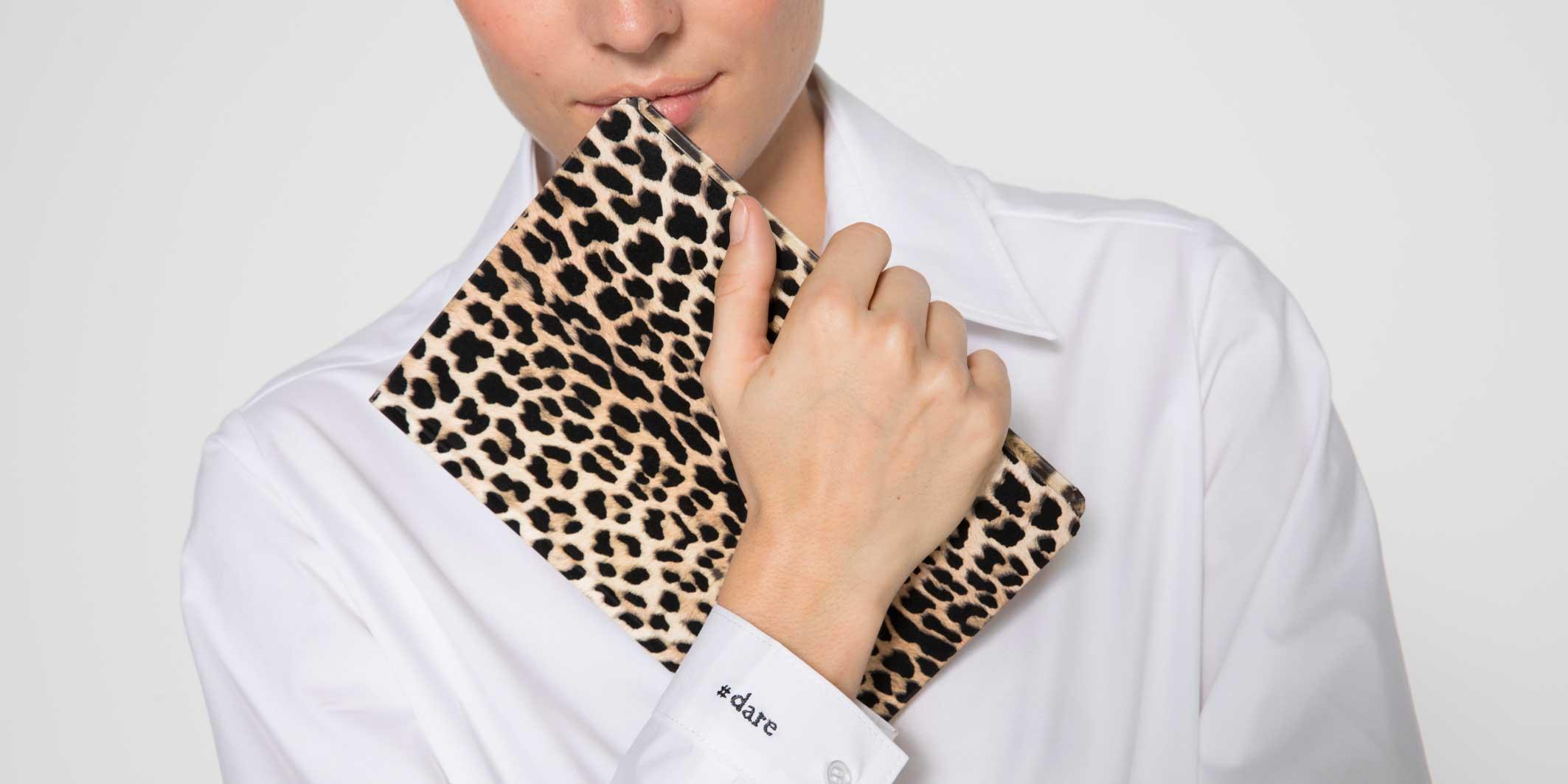 La Redoute : des chemises blanches personnalisées