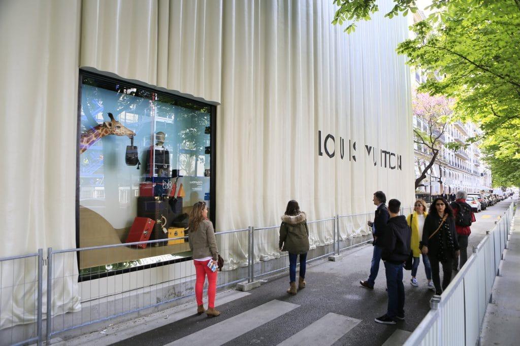 Athem Louis- Vuitton