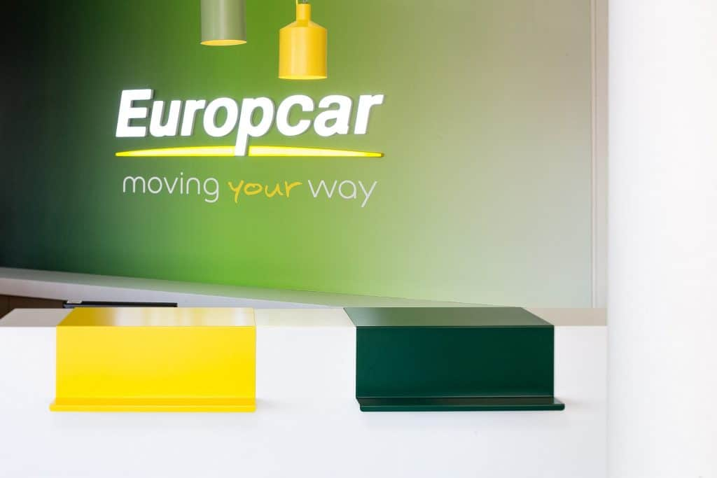 Dragon Rouge Europcar