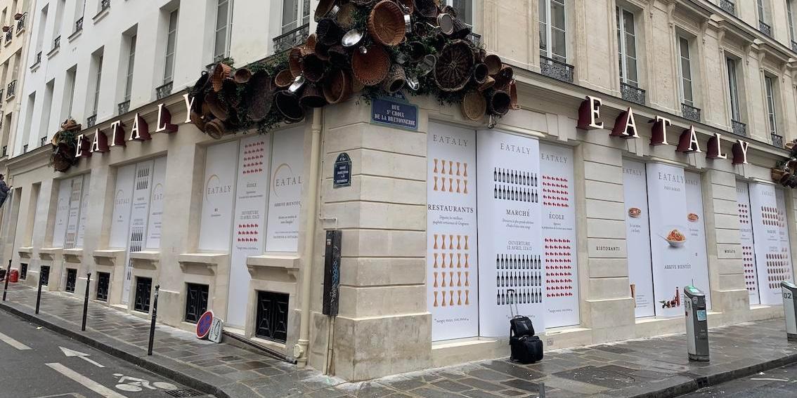 La marque Eataly a fait appel à la société Oxy Signalétique pour la réalisation et la pose des enseignes de son établissement parisien.