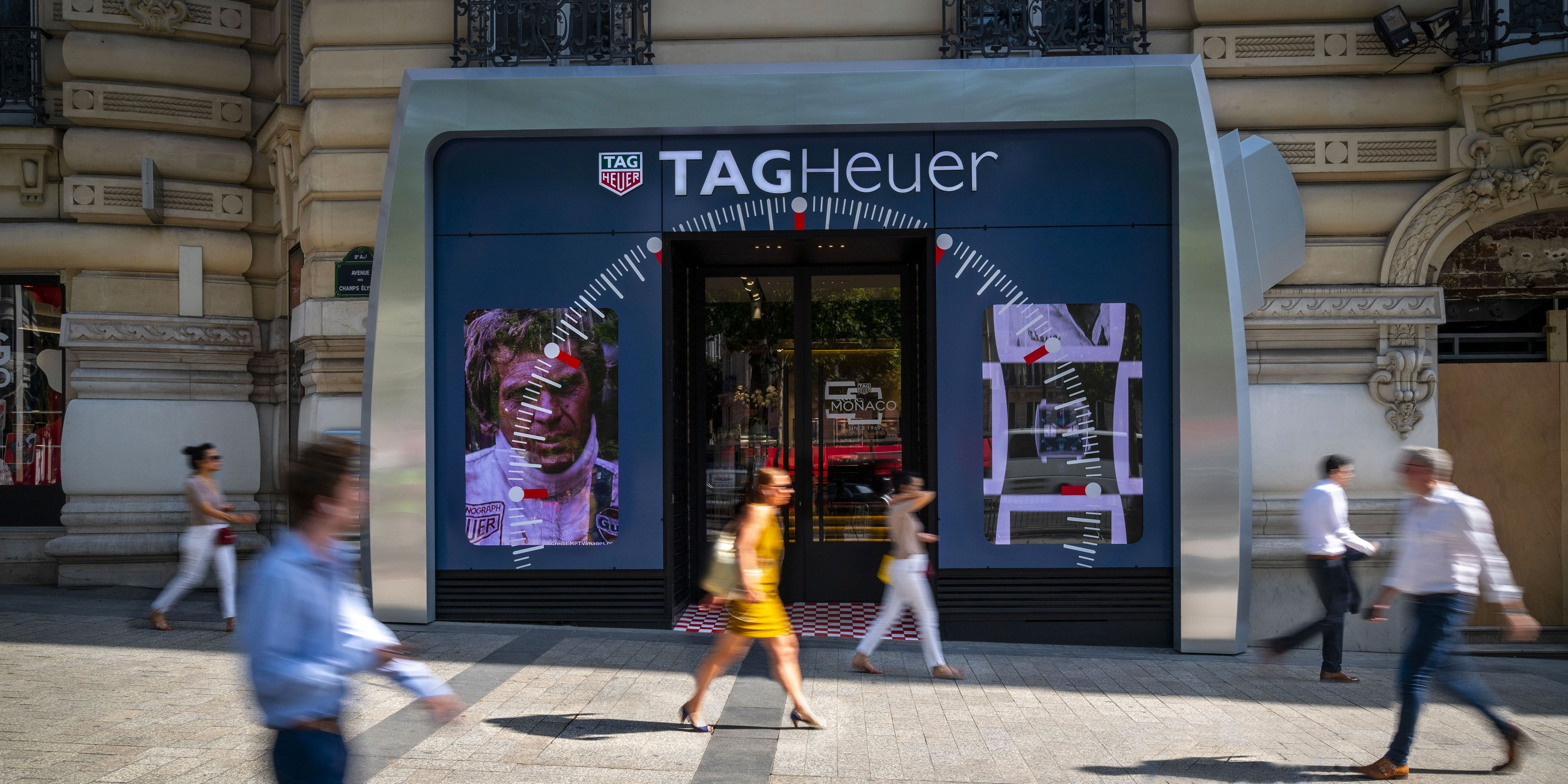 TAG-HEUER-CHAMPS-ELYSEES-JOUR-©Athem