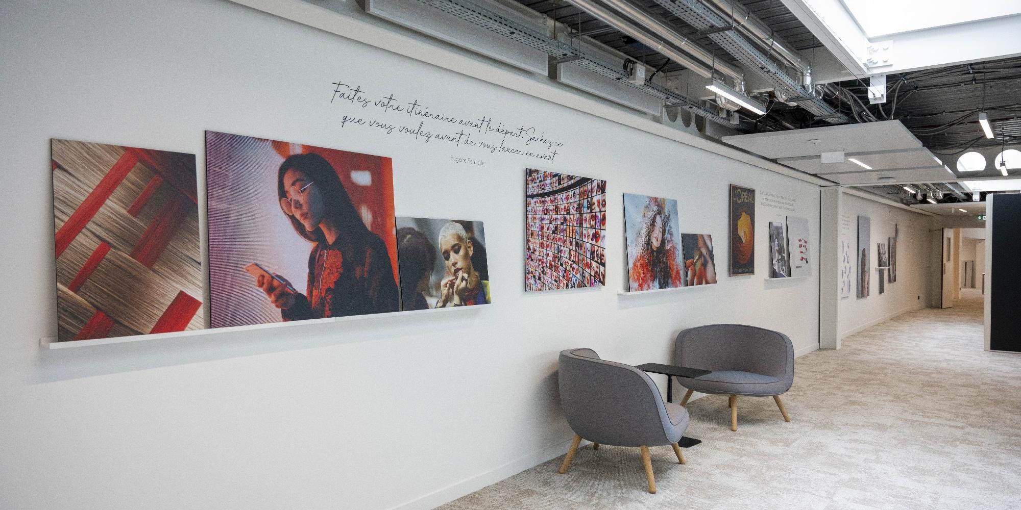 Muzéo personnalise le nouveau bâtiment du siège mondial de L'Oréal.